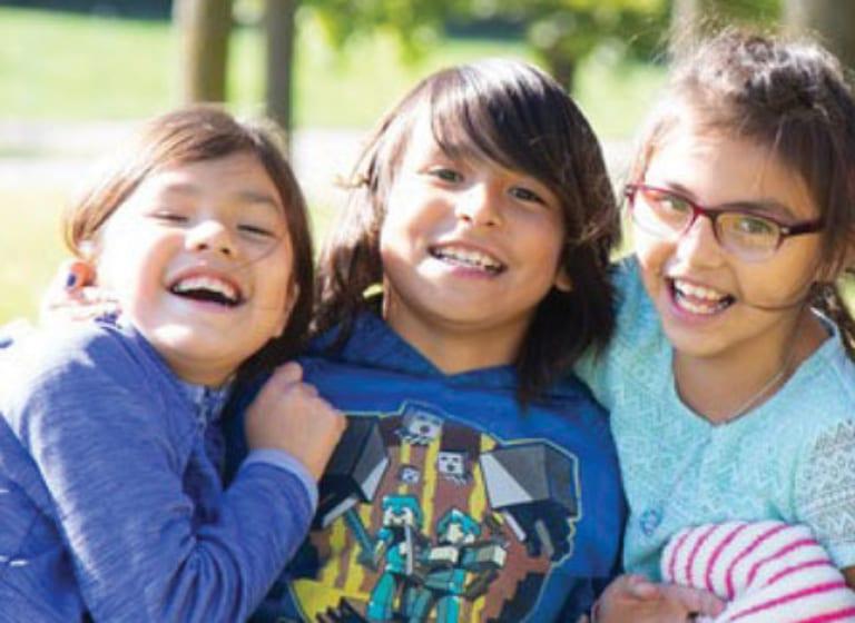 S'engager dans la lutte pour la pérennisation de la langue lakota